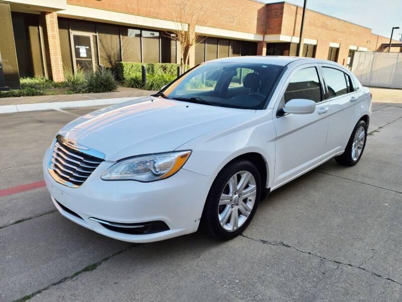 2013 Chrysler 200 for sale at DFW Autohaus in Dallas TX