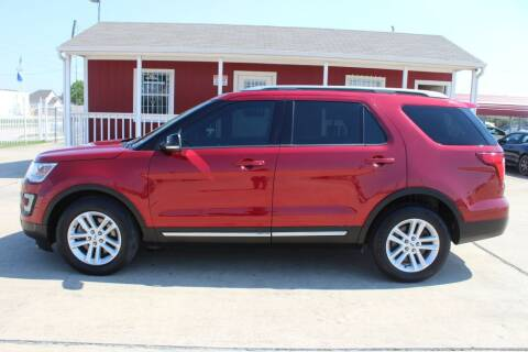 2017 Ford Explorer for sale at AMT AUTO SALES LLC in Houston TX