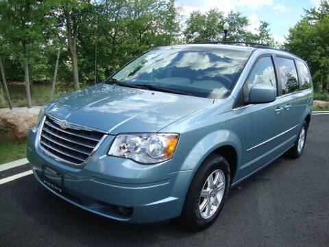 2009 Chrysler Town and Country for sale at Discount Auto Sales in Passaic NJ