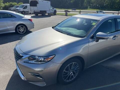 2017 Lexus ES 350 for sale at BILLY HOWELL FORD LINCOLN in Cumming GA