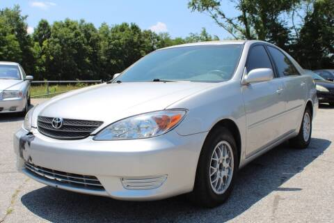 2004 Toyota Camry for sale at UpCountry Motors in Taylors SC
