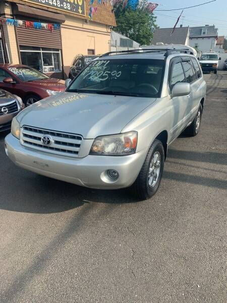2004 Toyota Highlander for sale at Reliance Auto Group in Staten Island NY