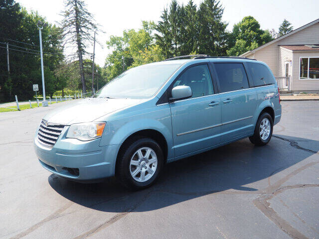 2010 Chrysler Town and Country for sale at Patriot Motors in Cortland OH