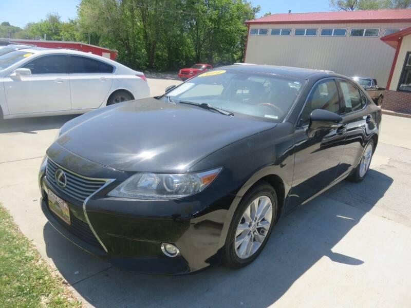 2014 Lexus ES 300h for sale at Azteca Auto Sales LLC in Des Moines IA