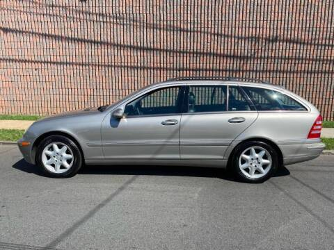 2004 Mercedes-Benz C-Class for sale at G1 AUTO SALES II in Elizabeth NJ