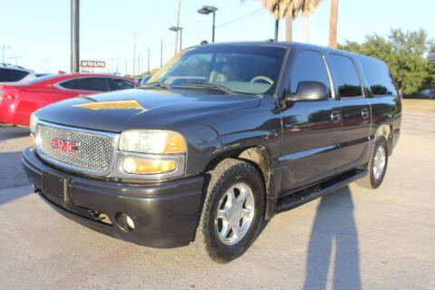 2004 GMC Yukon XL for sale at Flash Auto Sales in Garland TX
