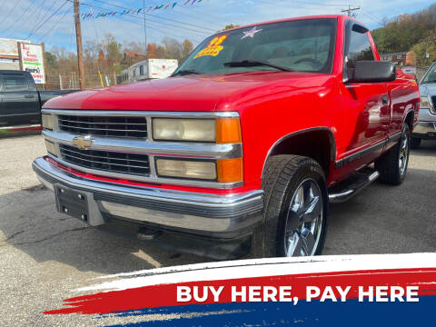 1998 Chevrolet C/K 1500 Series for sale at WINNERS CIRCLE AUTO EXCHANGE in Ashland KY