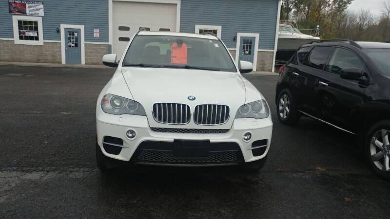 2013 BMW X5 for sale at Pool Auto Sales Inc in Spencerport NY