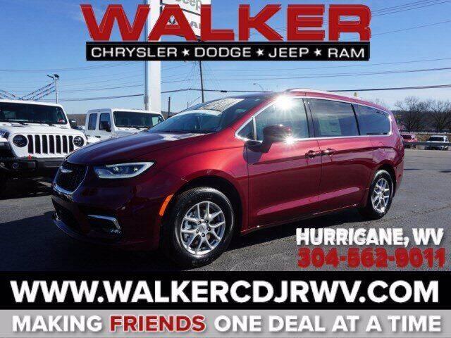 2021 Chrysler Pacifica for sale in Hurricane, WV