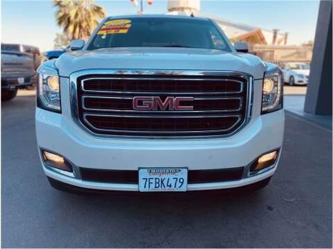 2015 GMC Yukon for sale at Carros Usados Fresno in Fresno CA