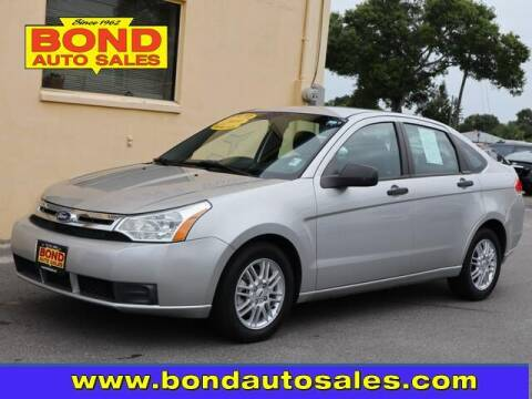 2009 Ford Focus for sale at Bond Auto Sales in St Petersburg FL