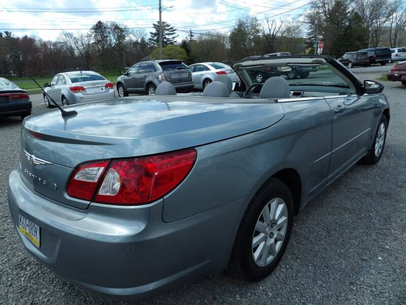 2008 Chrysler Sebring for sale at English Autos in Grove City PA