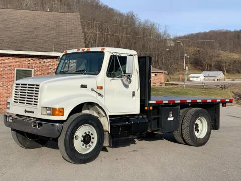 1998 International 4900 for sale at Henderson Truck & Equipment Inc. in Harman WV