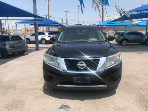 2014 Nissan Pathfinder for sale at Autos Montes in Socorro TX
