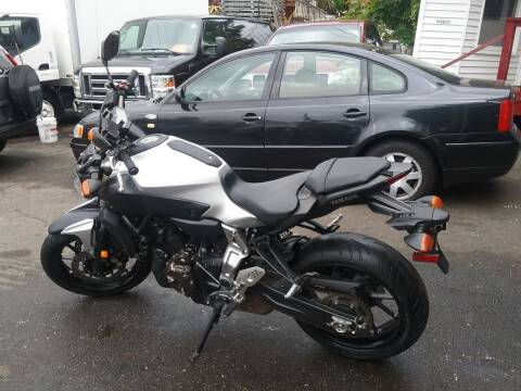 2017 Yamaha FZ07 for sale at Drive Deleon in Yonkers NY