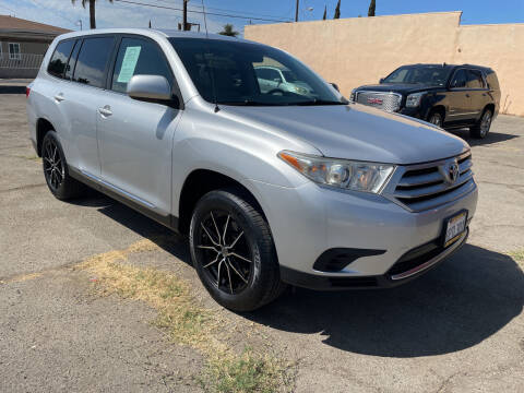 2011 Toyota Highlander for sale at JR'S AUTO SALES in Pacoima CA
