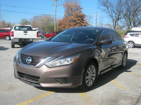 2016 Nissan Altima for sale at Premier Motor Co in Springdale AR