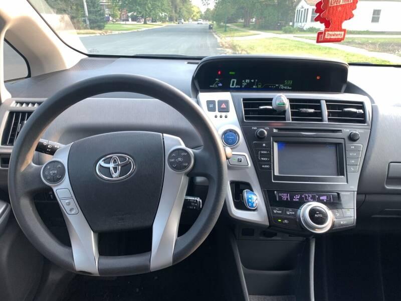 2012 Toyota Prius v Two 4dr Wagon - Farmington MN