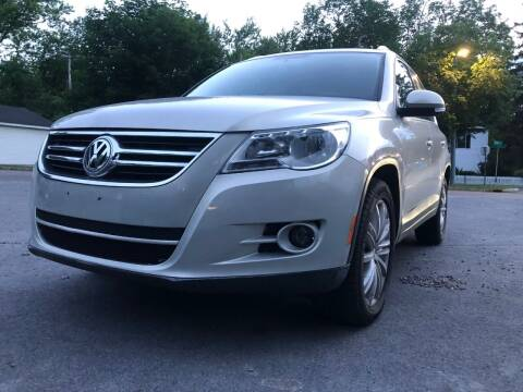 2010 Volkswagen Tiguan for sale at Apple Auto Sales Inc in Camillus NY