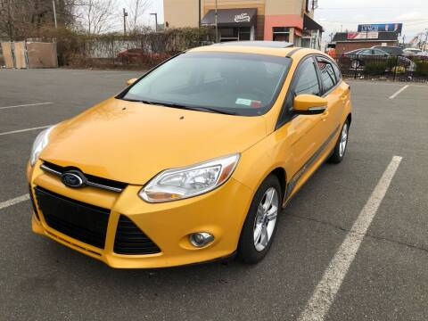 2012 Ford Focus for sale at MAGIC AUTO SALES in Little Ferry NJ