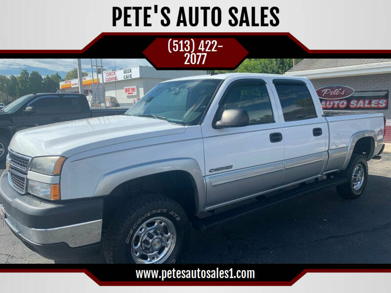 2006 Chevrolet Silverado 2500HD for sale at PETE'S AUTO SALES - Middletown in Middletown OH