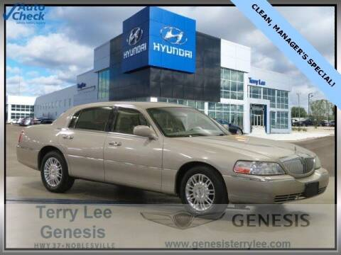 2008 Lincoln Town Car for sale at Terry Lee Hyundai in Noblesville IN