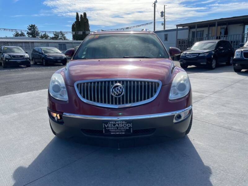 2008 Buick Enclave for sale at Velascos Used Car Sales in Hermiston OR