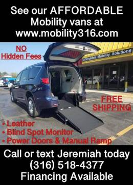 2018 Chrysler Pacifica for sale at Affordable Mobility Solutions, LLC - Mobility/Wheelchair Accessible Inventory-Wichita in Wichita KS