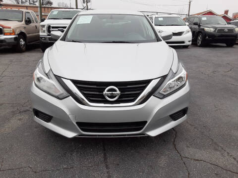2016 Nissan Altima for sale at LOS PAISANOS AUTO & TRUCK SALES LLC in Peachtree Corners GA