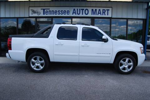 2007 Chevrolet Avalanche for sale at Tennessee Auto Mart Columbia in Columbia TN