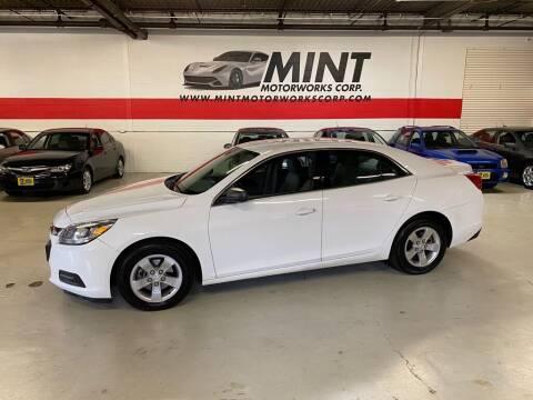 2014 Chevrolet Malibu for sale at MINT MOTORWORKS in Addison IL