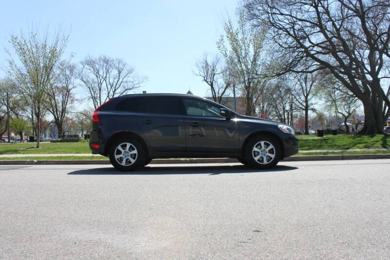 2010 Volvo XC60 for sale at Lexington Auto Club in Clifton NJ