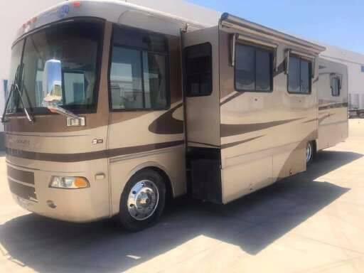 2005 Holiday Rambler Vacationer for sale at Florida Coach Trader Inc in Tampa FL