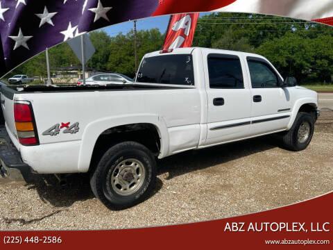 2005 GMC Sierra 2500HD for sale at ABZ Autoplex, LLC in Baton Rouge LA