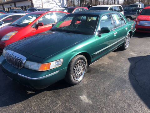 2001 Mercury Grand Marquis for sale at Prospect Auto Mart in Peoria IL
