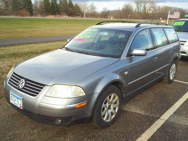 2003 Volkswagen Passat for sale at Dales Auto Sales in Hutchinson MN