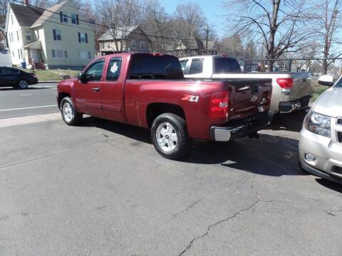2009 Chevrolet Silverado 1500 for sale at CAR CORNER RETAIL SALES in Manchester CT