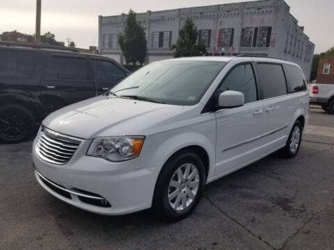 2016 Chrysler Town and Country for sale at East Main Rides in Marion VA