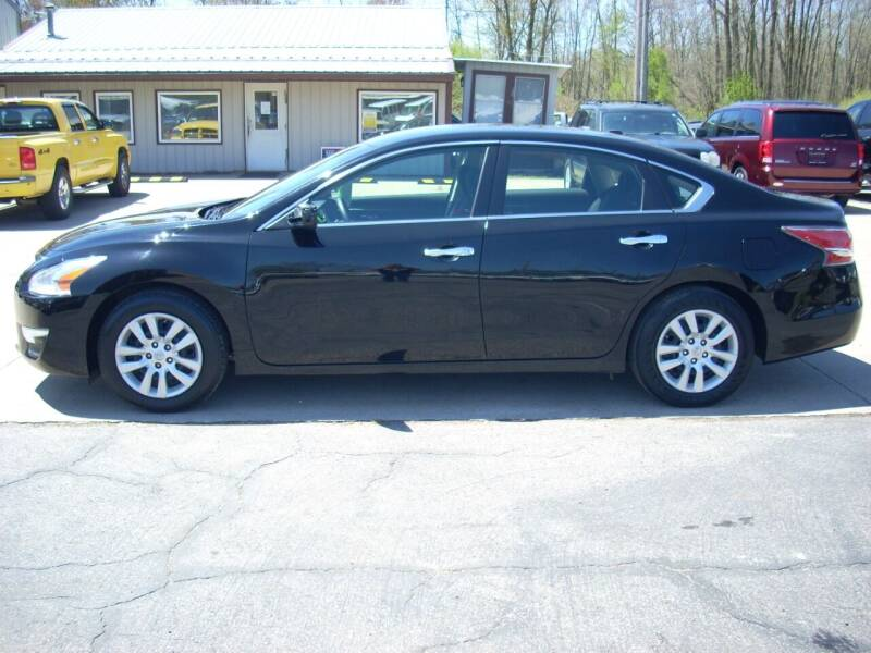 2015 Nissan Altima for sale at H&L MOTORS, LLC in Warsaw IN