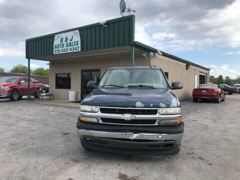 2005 Chevrolet Tahoe for sale at B & J Auto Sales in Auburn KY