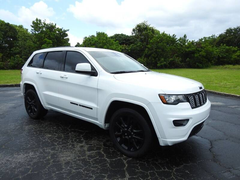 2018 Jeep Grand Cherokee for sale at SUPER DEAL MOTORS 441 in Hollywood FL