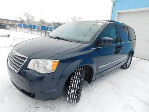 2009 Chrysler Town and Country for sale at Safeway Auto Sales in Indianapolis IN