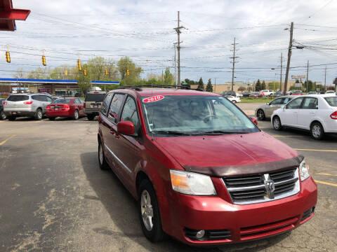 2010 Dodge Grand Caravan for sale at Drive Max Auto Sales in Warren MI