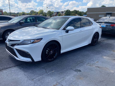 2021 Toyota Camry for sale at McCully's Automotive in Benton KY