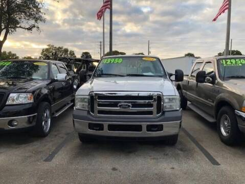 2004 Ford F-250 Super Duty for sale at DAN'S DEALS ON WHEELS AUTO SALES, INC. in Davie FL