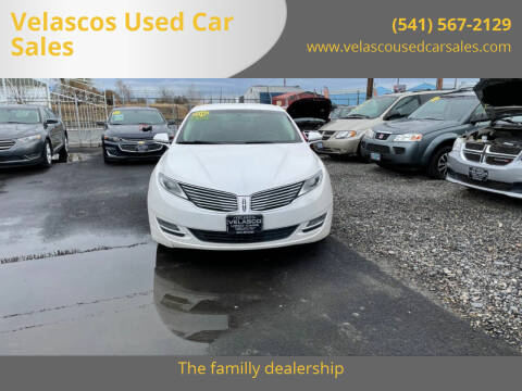 2015 Lincoln MKZ for sale at Velascos Used Car Sales in Hermiston OR