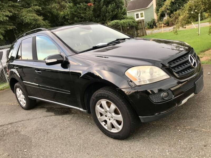 2006 Mercedes-Benz M-Class for sale at Twins Motors in Charlotte NC