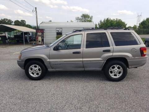 1999 Jeep Grand Cherokee for sale at CAR-MART AUTO SALES in Maryville TN