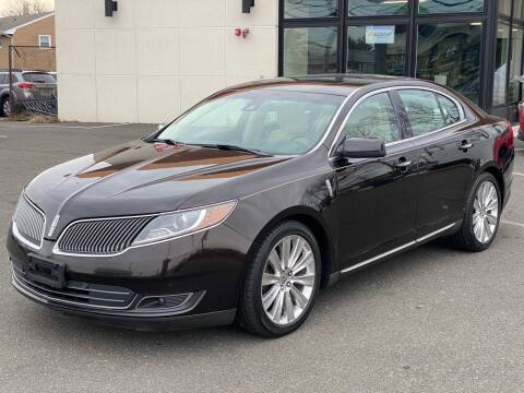 2013 Lincoln MKS for sale at MAGIC AUTO SALES in Little Ferry NJ