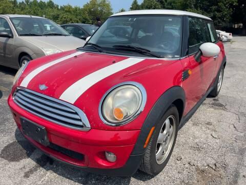 2007 MINI Cooper for sale at Best Buy Auto Sales in Murphysboro IL